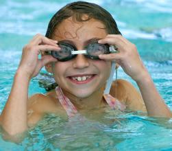 photo-girl-pool